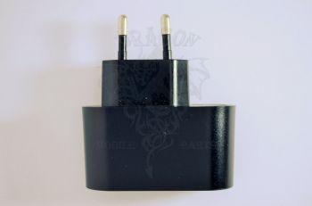 Сетевое зарядное устройство Nomi i401 Colt, оригинал