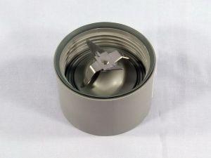 Нож с гайкой для блендерной чаши кухонного комбайна Kenwood KW712199