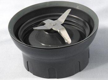 Нож с гайкой для блендерной чаши кухонного комбайна Kenwood KW713791